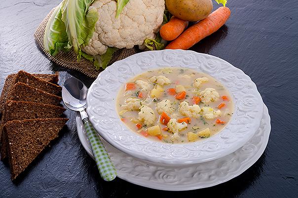 depositphotos_43604967-cauliflower-soup_kalafiorowa